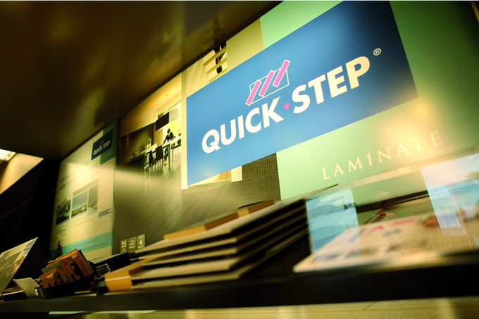 Lightbox poster - Quick Step